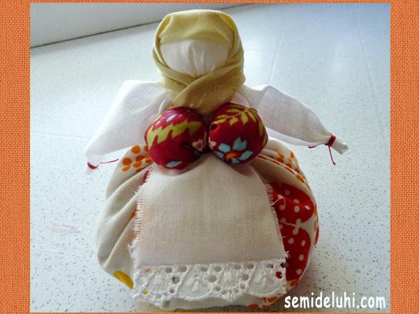 Лялька з духмяною травою